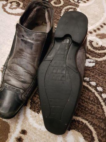 Продам кожанные туфли 41размера Италия