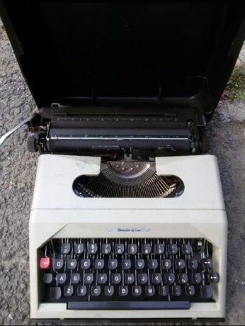 """Masina de scris manuala marca """"Gracia de Luxe"""""""