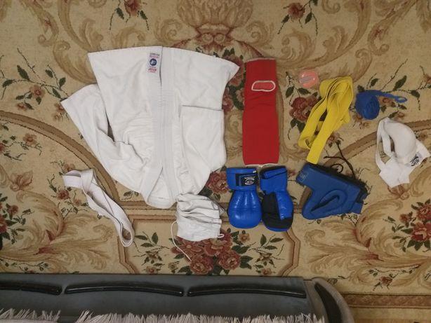 Кимано, перчатки, шлем, пояс