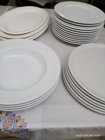 Продам   тарелки.