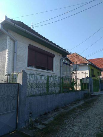 Casa de vânzare / schimb cu apartament în Mediaș