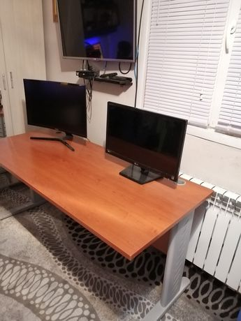 Компьютерный стол + доставка