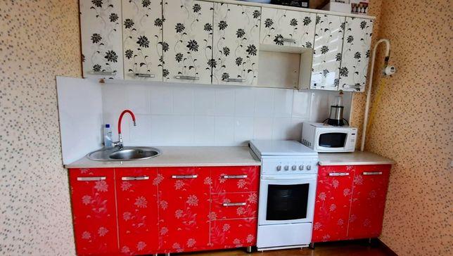 Кухонный гарнитур бу в хорошем состояние