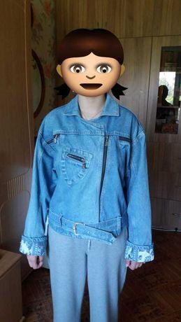Куртки женские джинсовые