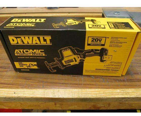 Набор из двух инструментов   DeWALT