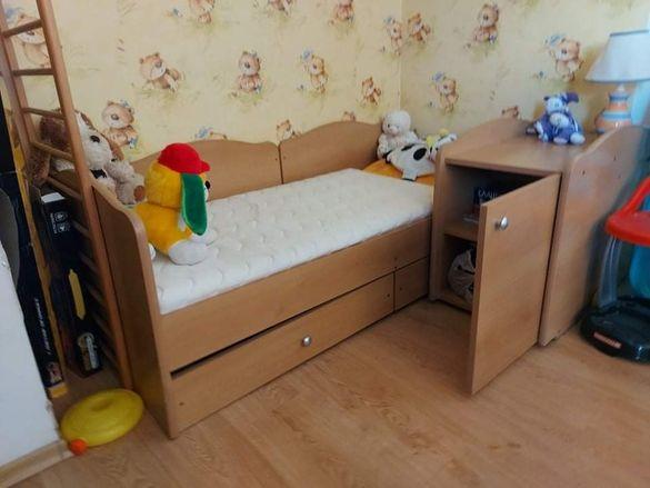 Детско легло с нощно шкафче