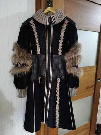 Утеплённые пальто Tricot chik, Италия, размер М