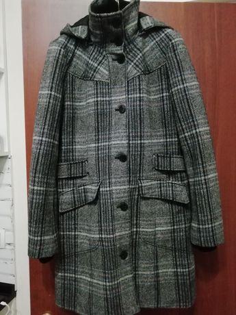 Пальто стильное демисезонное  фирмы Esprit
