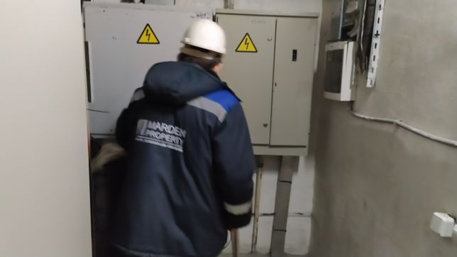 Электрик Профессионал вызов и выезд Алматы на дом Недорого услуги цены
