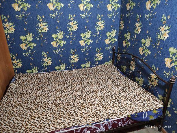 кровать двухспальная металличиеская кованная