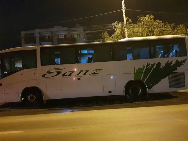 Inchirieri microbuze si autocare