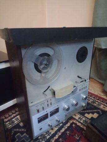 Магнитофон бабиновый