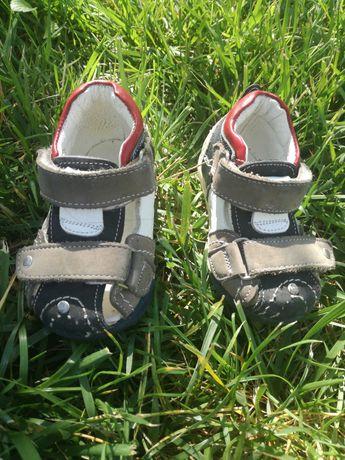Sandale piele nr 18