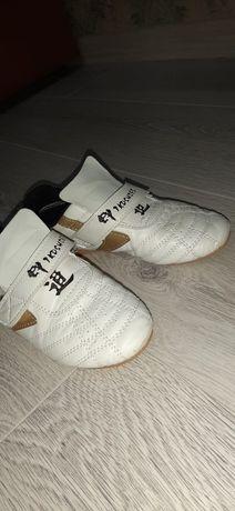 Обувь для таэквондо