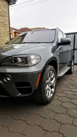 Продаю BMW X5 2011