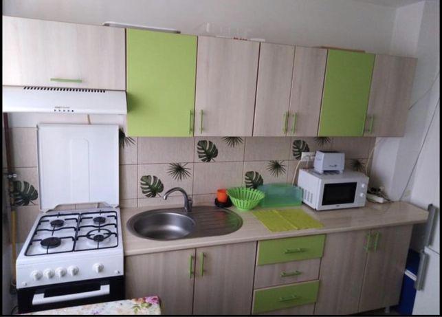 Inchiriez apartament pe termen lung in Tomis Nord