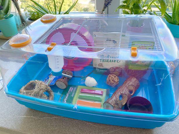 Cusca hamster cu accesorii si mancare