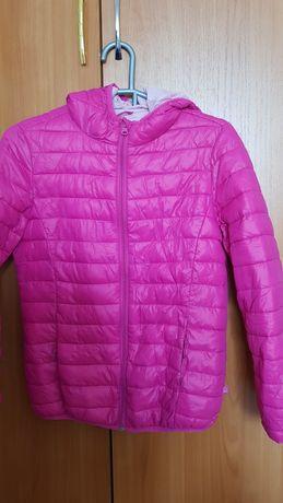Продам куртку benetton для девочки