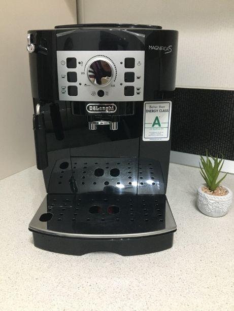 Espressor automat De'Longhi Magnifica S ECAM 22.110B, 1450W, 15 bar