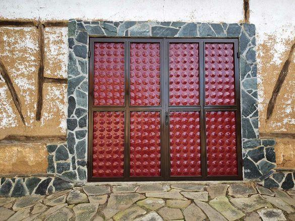 Двойна Гаражна врата !