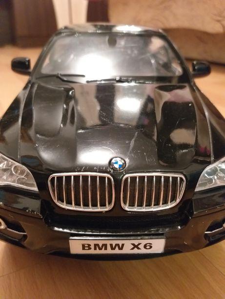 BMW X6 . Mașină cu telecomanda.