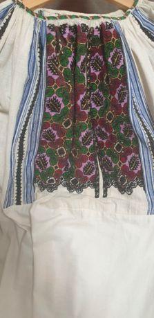 Costum popular vechi, lucrat manual, zona Arges - Campulung Muscel