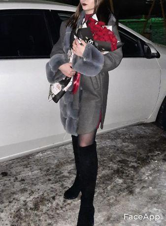 Пальто зимние куртка Диор есть ещё