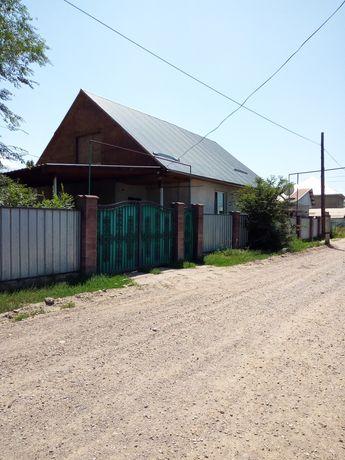 Продам дом 105кв. 3 времянки квартиранты, вход отдельный.