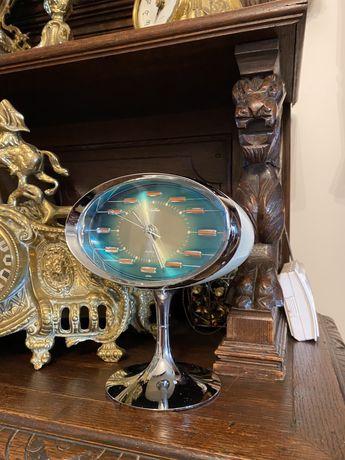Ceas vechi de masa Rhythm Space Age Japonia