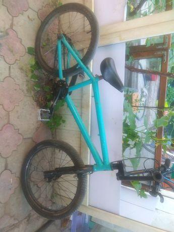 Трюковой велосипед БМХ