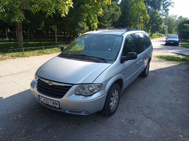 """Grand Voyager Stow""""N Go 7 locuri"""