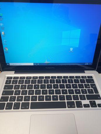 MacBook Pro I5 procesor,4gb DDR 3 Windows 10