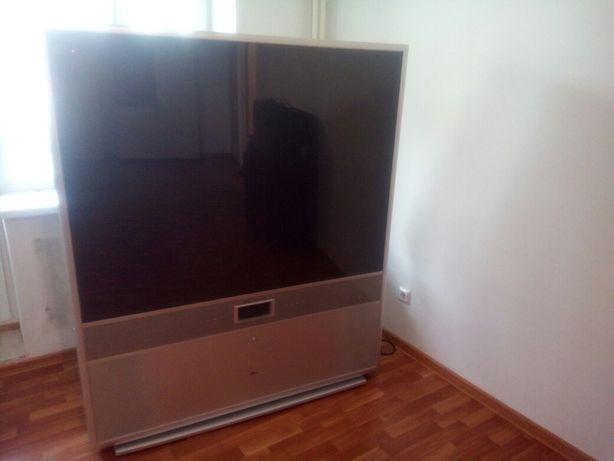 Продам телевизор большой диагонали