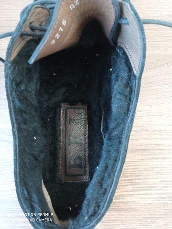 Прдам замшевые полу ботинки в хорошем состоянии,