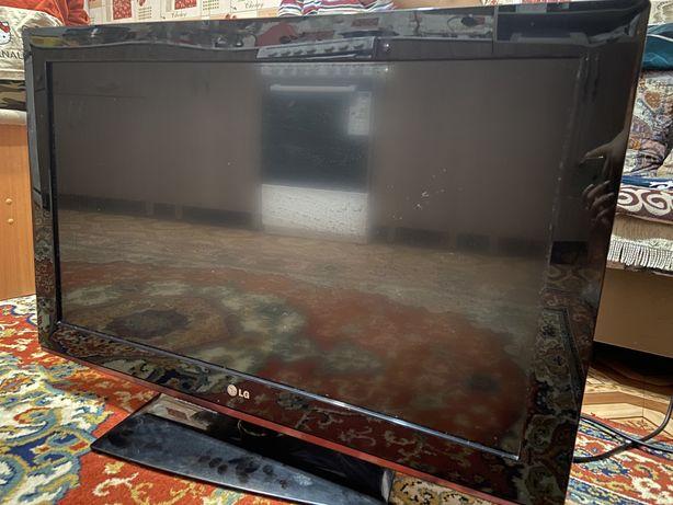 Продам телевизор (не smart)