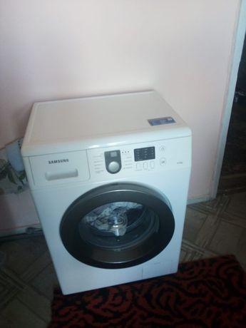 Продам стиральную машинку!!!