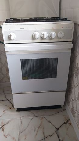 Четырехкамфорная газовая плита