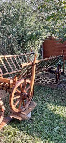 Car vechi de lemn