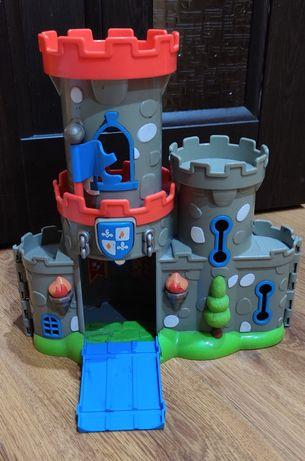 Замок игрушечный