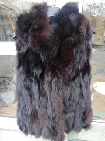 Дамски елек с качулка от лисица - естествен косъм.