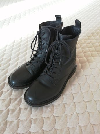 Демисезонные ботиночки Zara