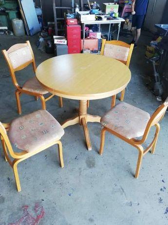 Masa lemn cu 4 scaune