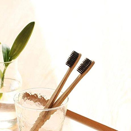 Четка за зъби с бамбукова дръжка
