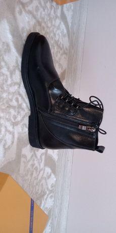 Продам обувь осень