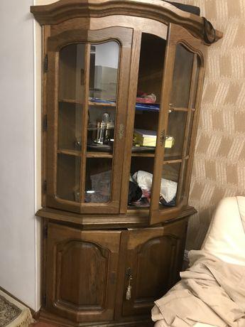 Угловая горка шкаф Белорусия массив дуба высота 2 м