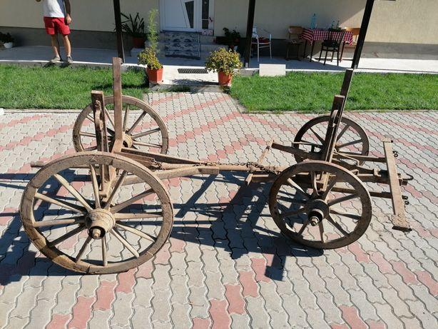 De vânzare căruță rustica