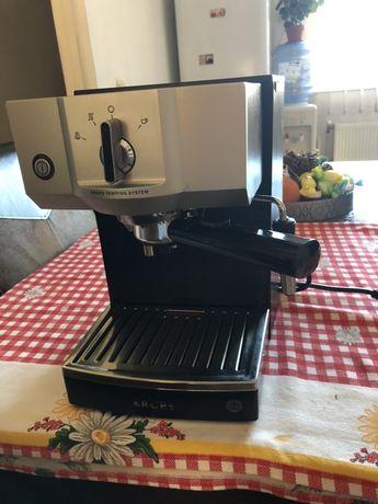 Expressor  cafea KRUPS