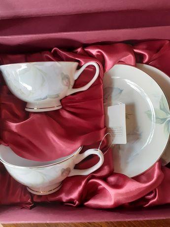 Комплект 4 чаши с чинийки и чайник - LANCASTER
