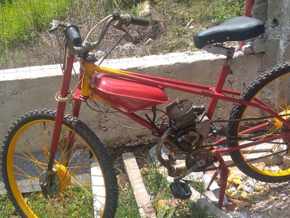 ретро мотор зиф 77