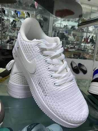 Кроссовки Nike Air Force 1 DIMSIX